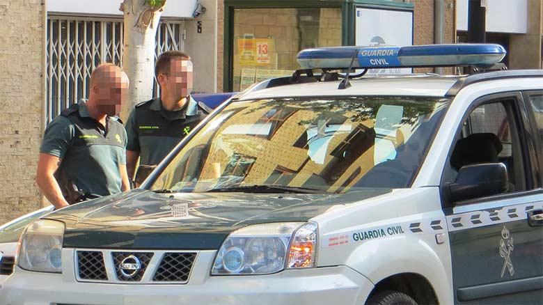 Borracho denuncia a una pareja de la Guardia Civil por no pararlo en un control