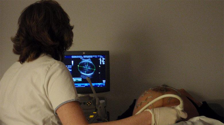 Paciente hipocondríaco exige ecografía para confirmar su embarazo