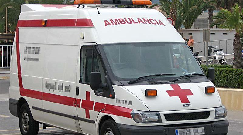 Multado repartidor por pintar su furgoneta como un ambulancia para evitar atascos
