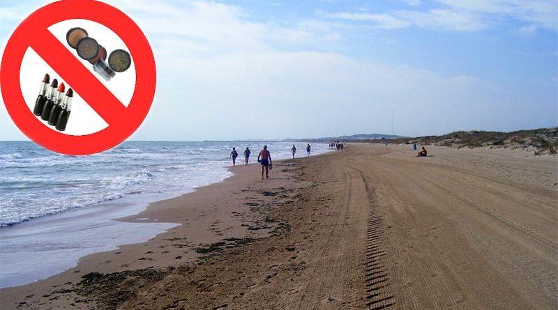 A partir de Agosto prohibido ir maquillada a la playa por contaminación del mar