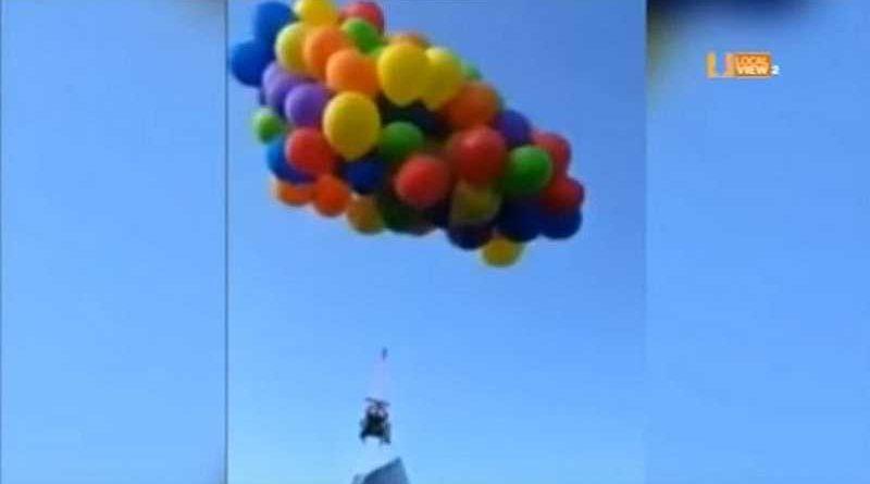 Detenido por atar 137 globos de helio a una silla de ruedas con su suegra para que volase