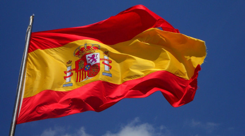 Podemos propone en el Congreso que la bandera de España sea por un lado la actual y por el otro la republicana