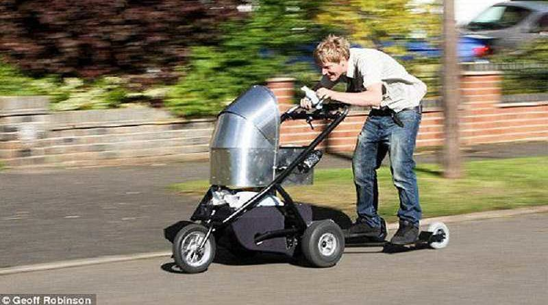 Denunciado por ir a 73km/h con el carrito del bebé