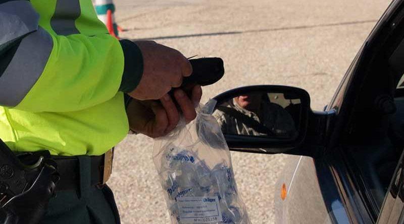 """Detenido en un control por responder """"el Guadalquivir"""" a la pregunta de si había bebido"""