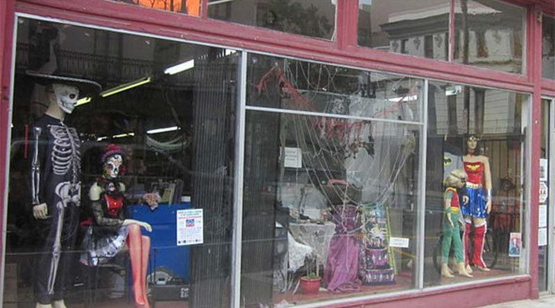 """El Gobierno prohíbe la venta de disfraces """"sexys"""" para Halloween"""