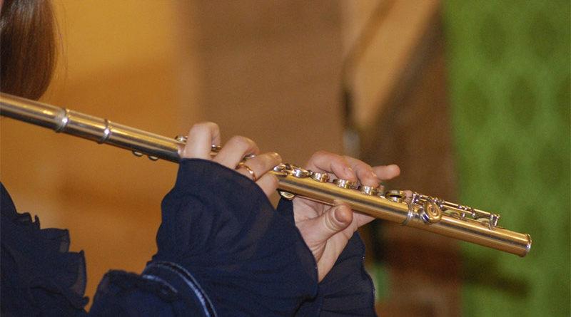 Denunciado por anunciarse para enseñar a tocar la flauta y realmente dar clases de masturbación
