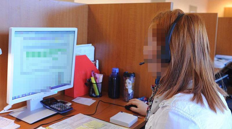 Teleoperadora descubre infidelidad del marido al llamar a casa de una clienta