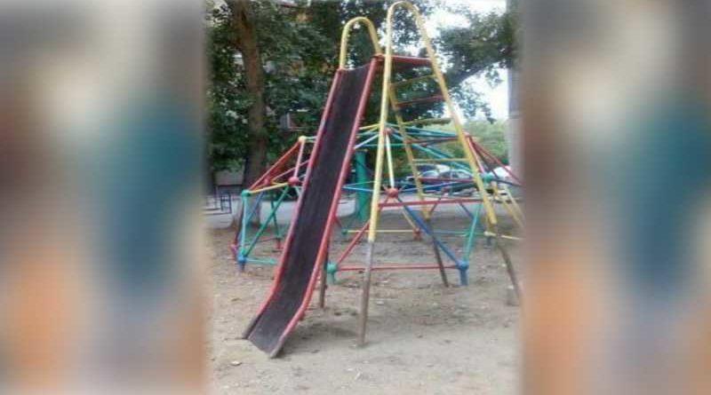 Clausurado un parque infantil tras más de 20 niños con lesiones óseas