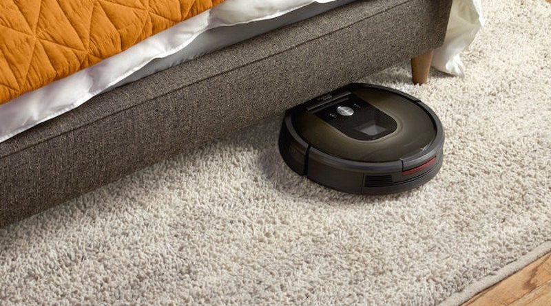 Herido por un Roomba mientras se escondía del marido de su amante debajo de la cama
