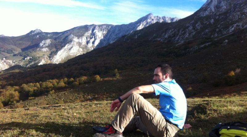 Permanece 2 días perdido en la montaña y cuando consigue cobertura llama a Telepizza