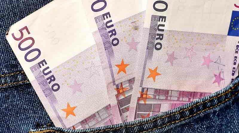 Los billetes de Euro arrugados o con alguna esquina doblada dejarán de tener validez