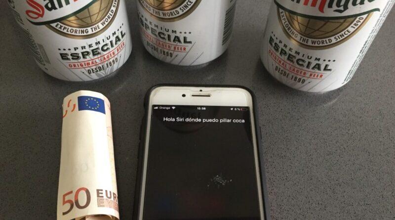 Pregunta a Siri donde pillar coca y llama a la policía para que le detengan