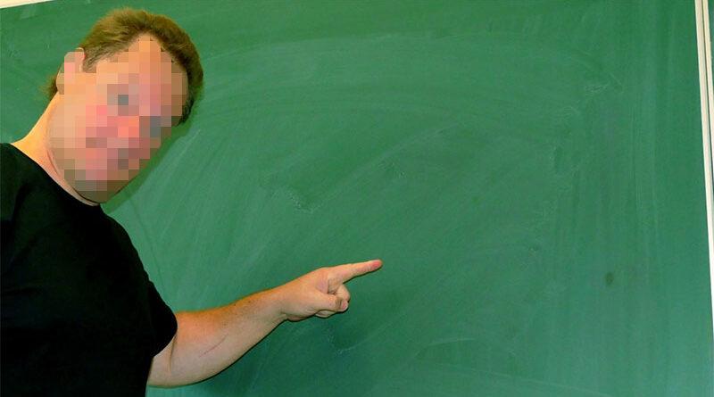 """Despedido profesor de Lengua por decir a una alumna """"nunca es tarde si la picha es buena"""""""