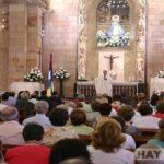 Un cura se tira un pedo en plena misa y dice que fue el Espíritu Santo