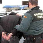 """Denuncia al Guardia Civil que lo detuvo porque al pedirle un abogado le respondió """"el que tengo aquí colgado"""""""