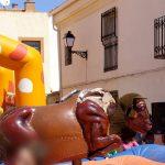 Tres mujeres pierden la virginidad en el toro mecánico de las fiestas de un pueblo