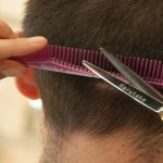 Las peluquerías tendrán que firmar un contrato para no contar nada de lo que hablen con sus clientes