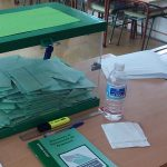 Los colegios electorales cerrarán a la hora de la siesta en Andalucía