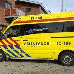 Se compra una ambulancia para no llegar tarde al trabajo