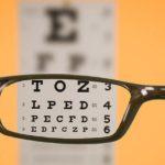 Personas que usen gafas serán consideradas discapacitadas a partir de 2019